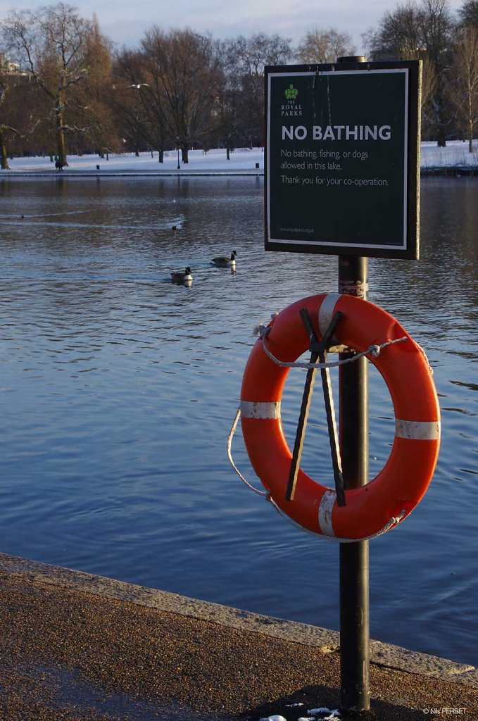 No Bathing - Hyde Park