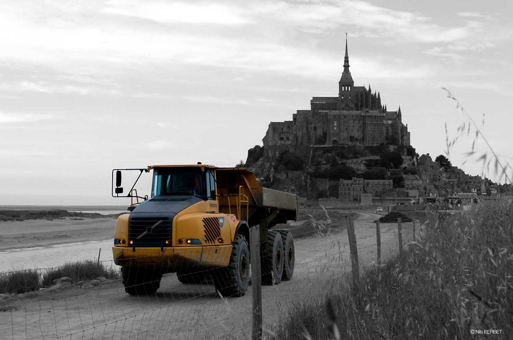 Civil work at the Mont Saint Michel