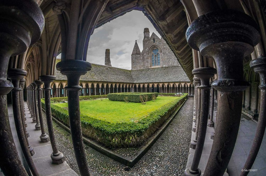 La Merveille : the cloister of the Mont Saint Michel's Abbey